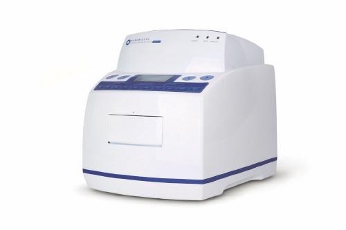 본문이미지3 [NBS]Real-time PCR G2-4 Brochure_page2_image5.jpg